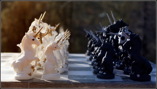 Unicorn_Chess_Set_by_Indigo_Ocean