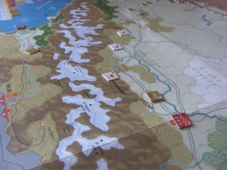 La cordillera del Caucaso, imponente con sus cumbres nevadas
